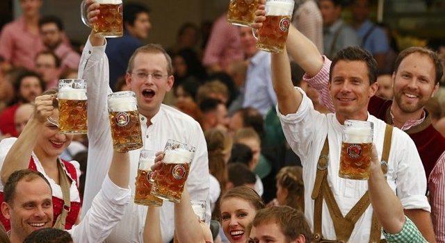 A Oktoberfest muito além da cerveja